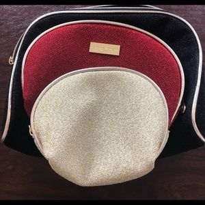 Adrienne Vittadini cosmetic travel bag set